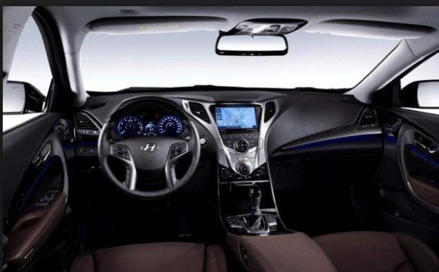 2016 Hyundai r interior