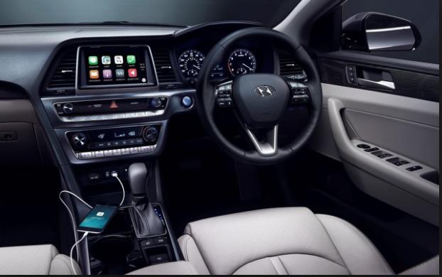 2019 Hyundai Hybrid interior