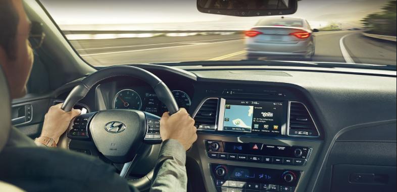 2019 Hyundai Sonata Eco interior