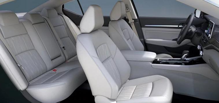 2019 Nissan Altima Seating