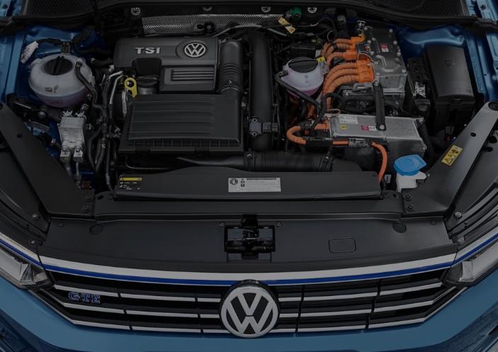 2019 VW Passat Engine