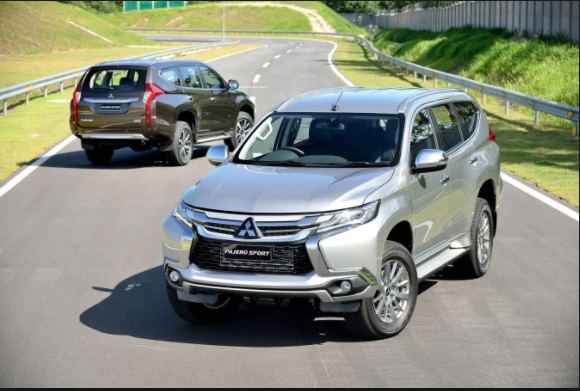 2019 Mitsubishi Montero exterior