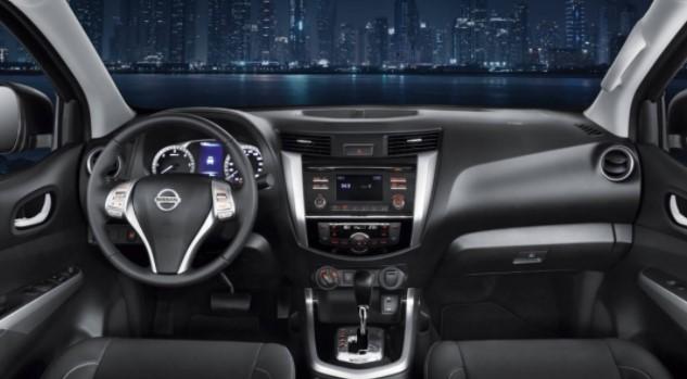 2019 Nissan Navara Interior