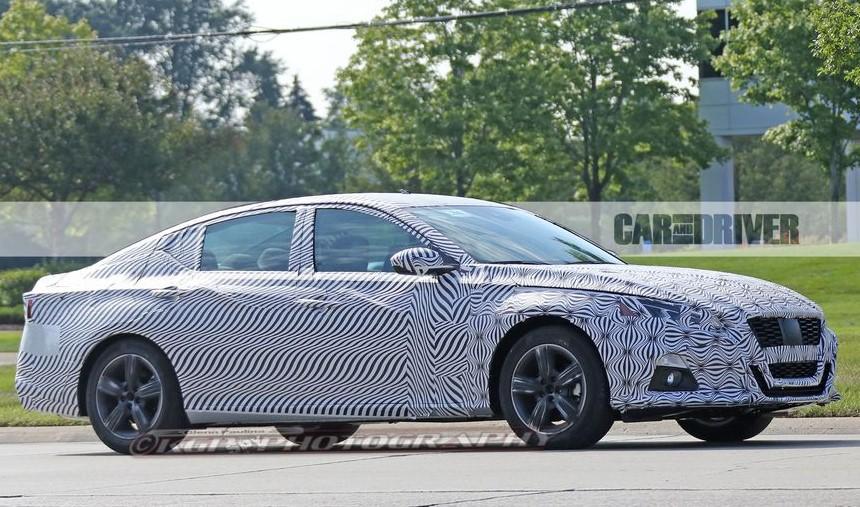 2019 Nissan Sentra Redesign Spy Shots