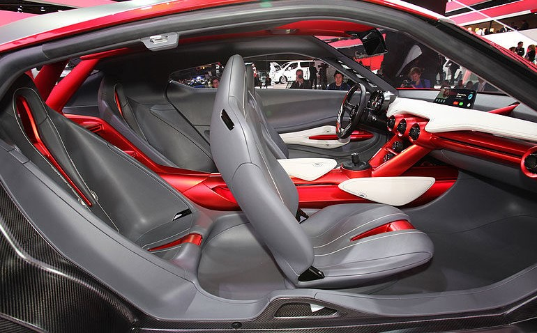 2019 Nissan Z Seats