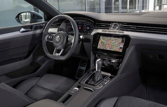 2019 VW GTI Interior