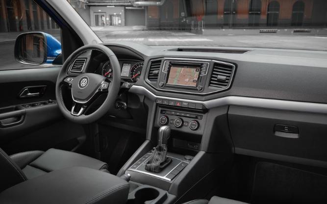 2020 VW Amarok Canyon Interior