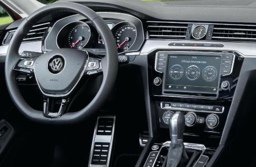 2020 VW Passat Alltrack Interior