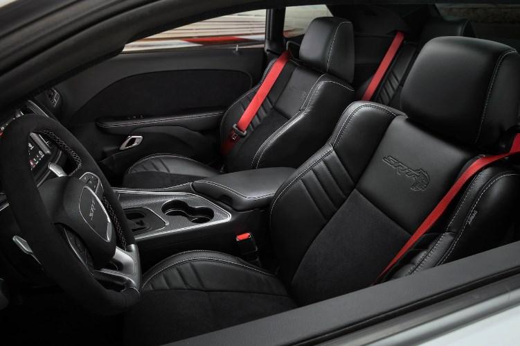 2019 Dodge Challenger Hellcat Interior