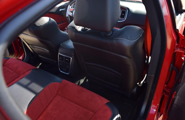 2019 Dodge Charger RT Interior