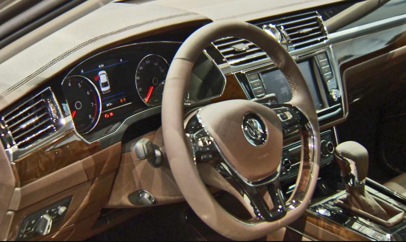 2019 VW Phaeton Interior
