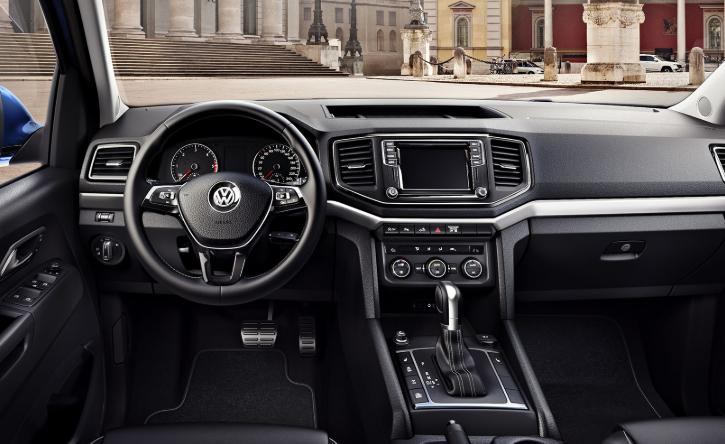 2020 VW Amarok Interior