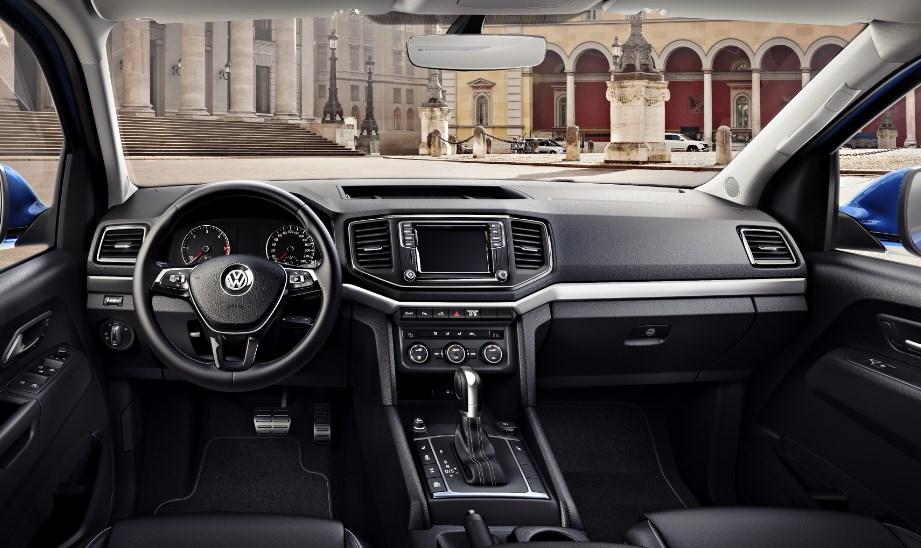 2020 VW Caravelle Interior