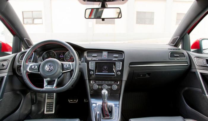 2020 VW Golf Alltrack Interior