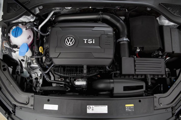 2020 VW Passat Engine
