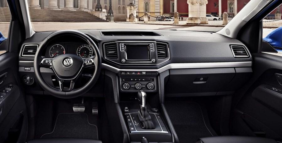 2020 Volkswagen Amarok Interior