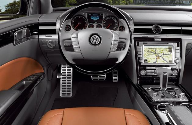 2020 Volkswagen Phaeton Interior