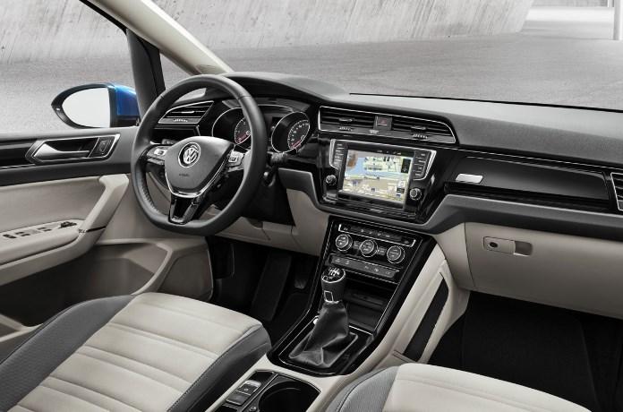 VW Touran 2020 Interior