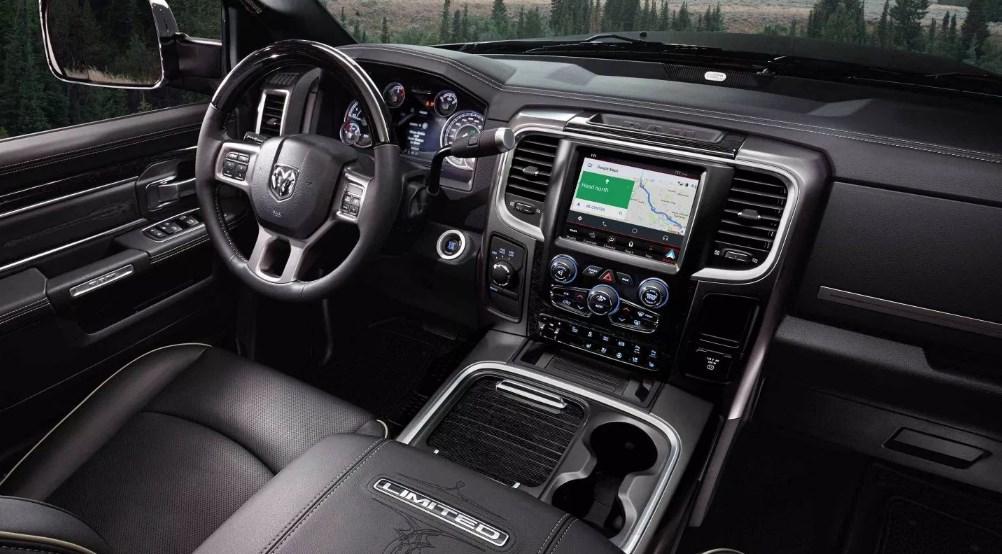 2019 Dodge 2500 Ram Interior