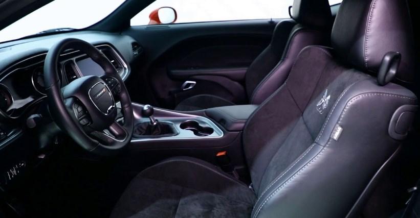 2019 Dodge Challenger RT Interior