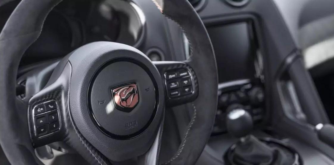 2019 Dodge Viper 0-60 Interior