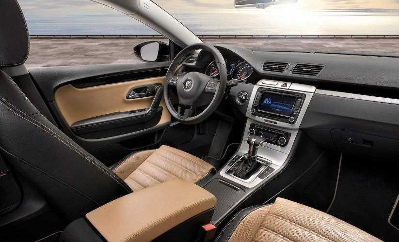 2020 CC VW motor Interior