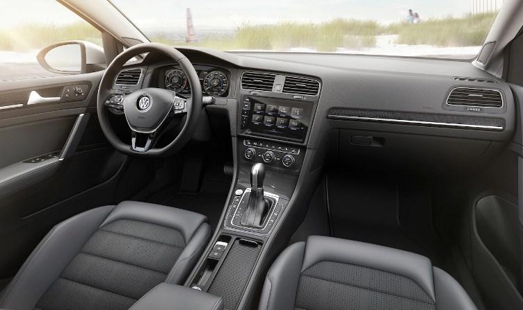 2020 VW Sportwagen Interior