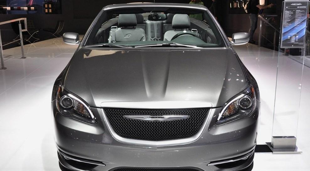 2019 Chrysler 200 Convertible Exterior