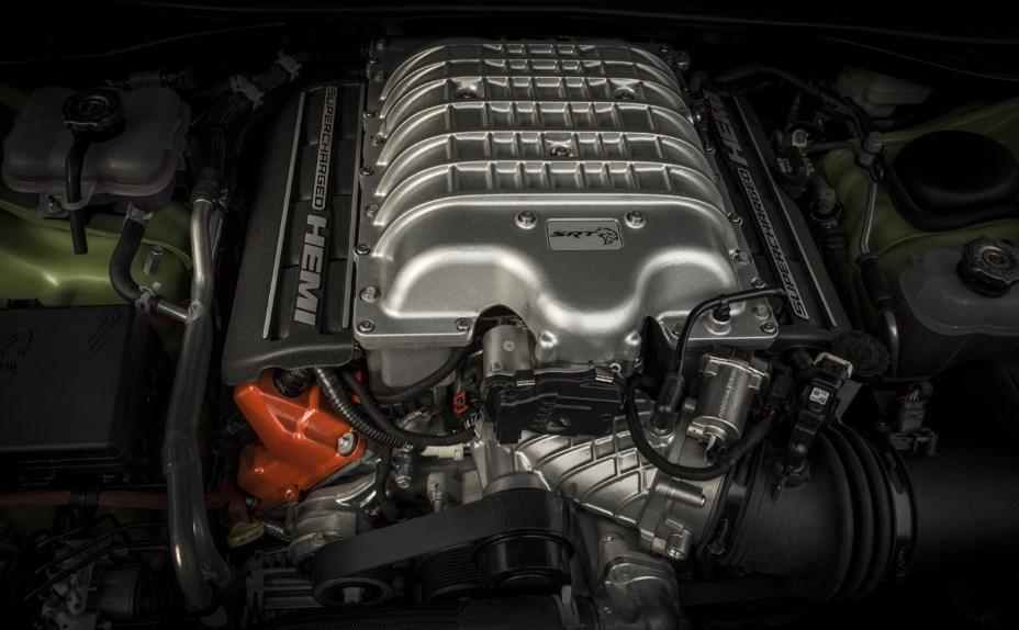 2019 Chrysler Aspen Engine