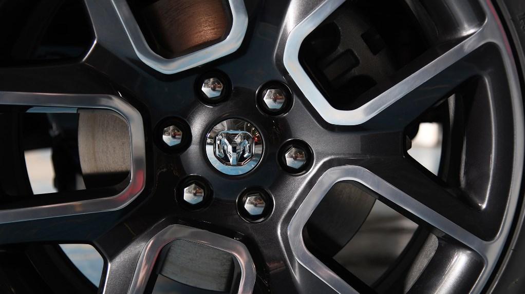 2019 Dodge Sport 1500 Engine