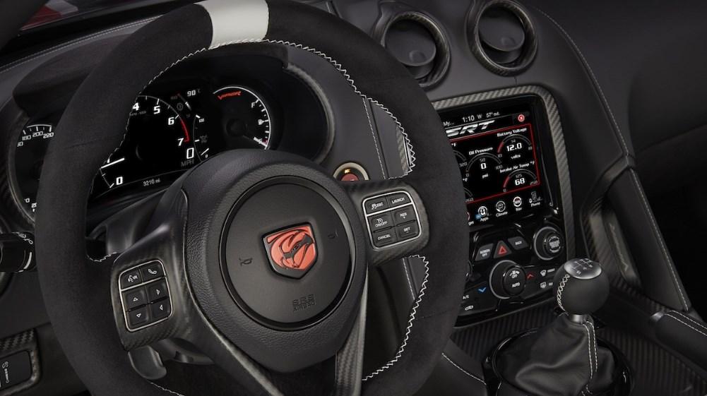 2019 Dodge Viper Interior