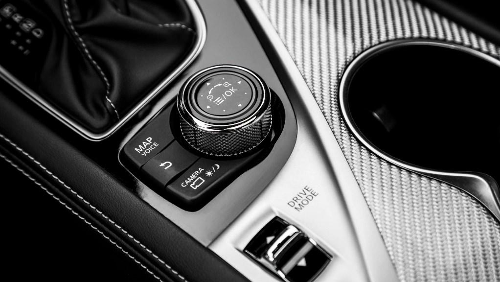 2020 Infiniti Q60 Black S Interior