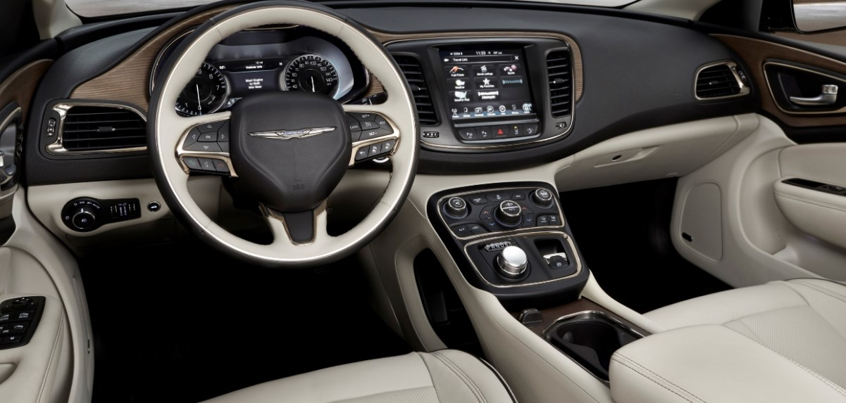 2019 Chrysler 300 Interior