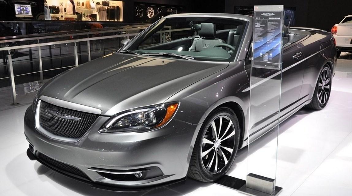2019 Chrysler Sebring Exterior