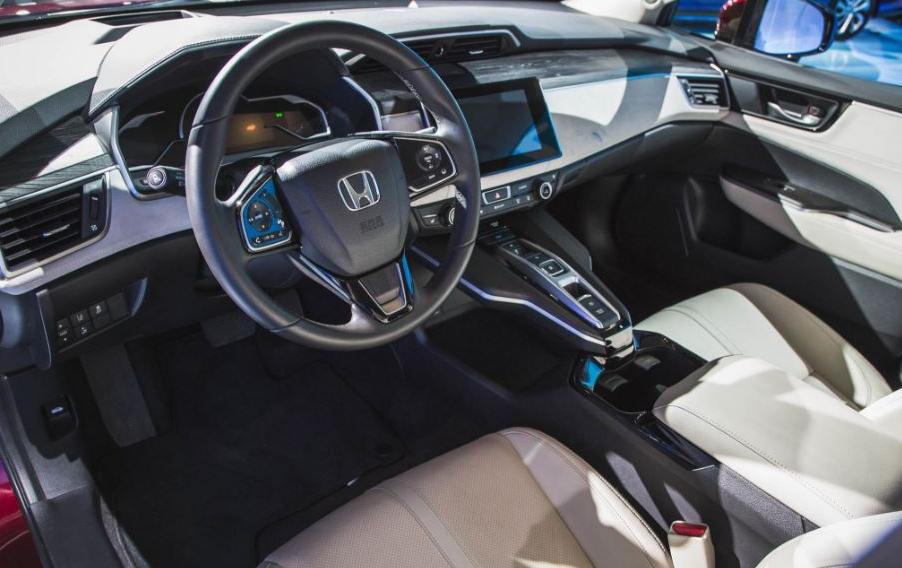 2020 Honda EV Interior