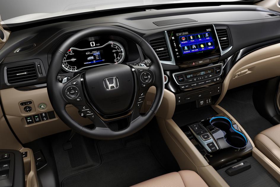 2020 Honda Pilot Hybrid Interior