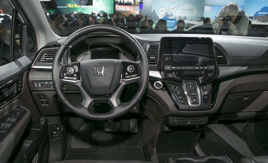 2020 Honda Truck Interior