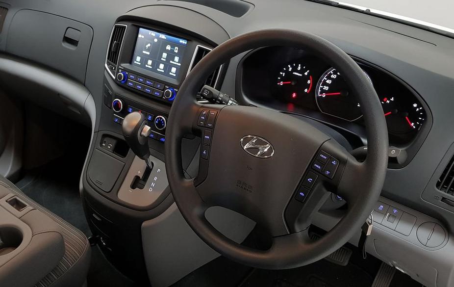 2020 Hyundai iLoad Interior