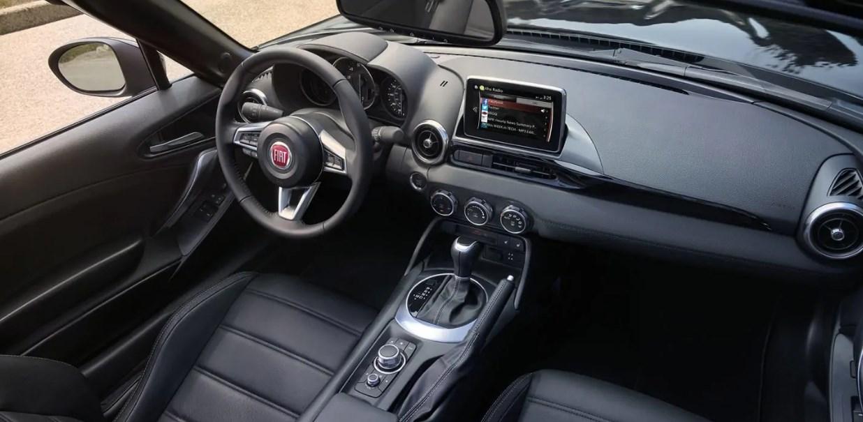 2019 Fiat Spider Interior