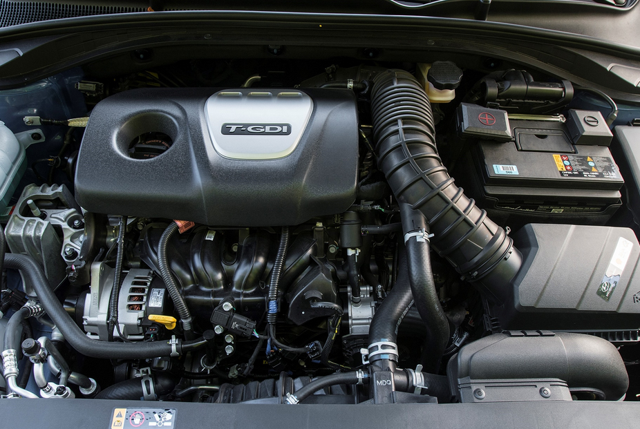 2019 Hyundai Elantra SE Engine