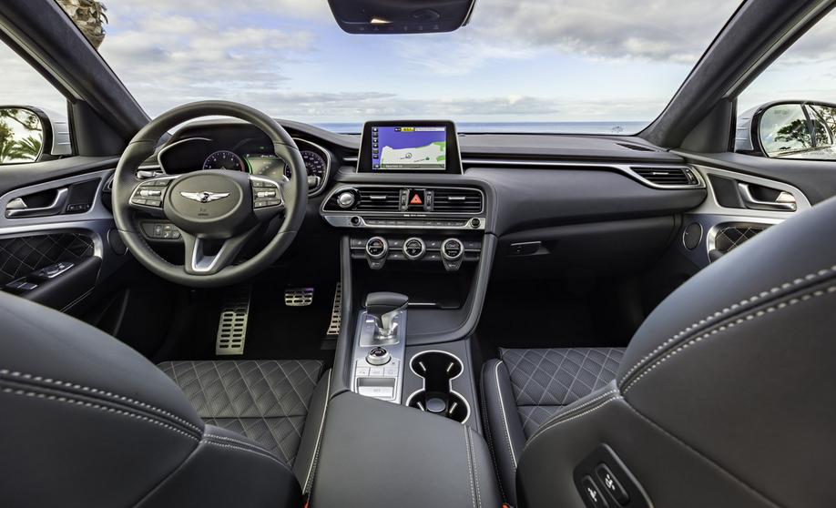 2019 Hyundai Equus Interior