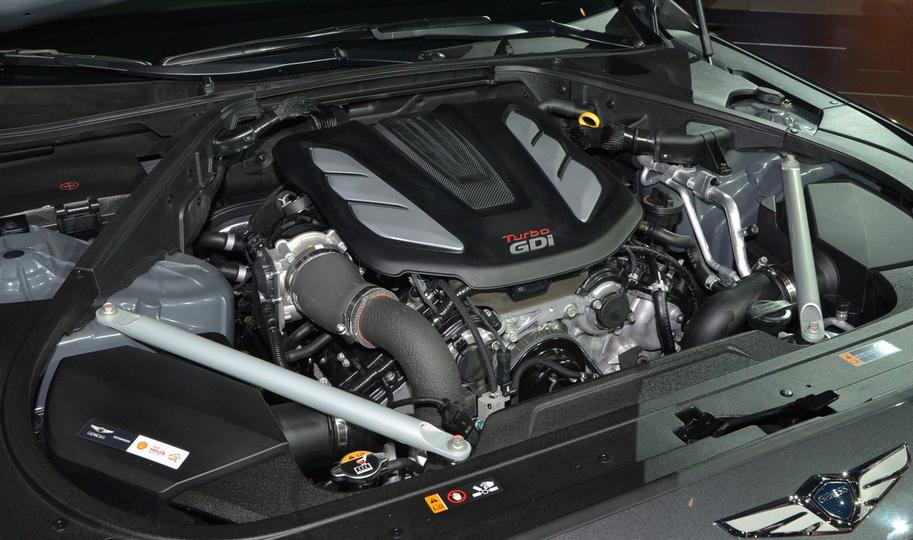 2019 Hyundai Genesis G90 Engine
