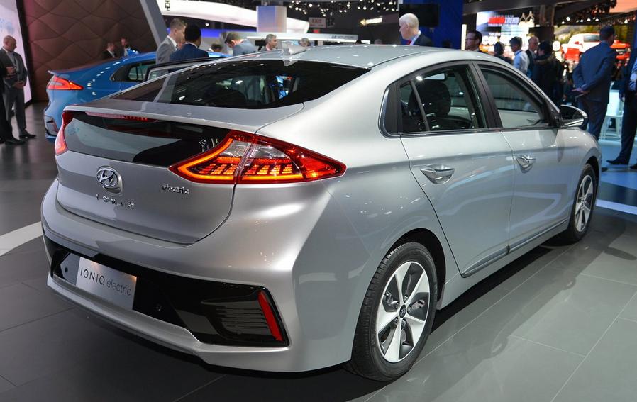 2019 Hyundai Ioniq EV Electric Concept