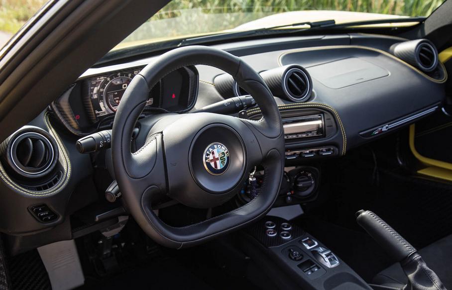2020 Alfa Romeo 4C Interior