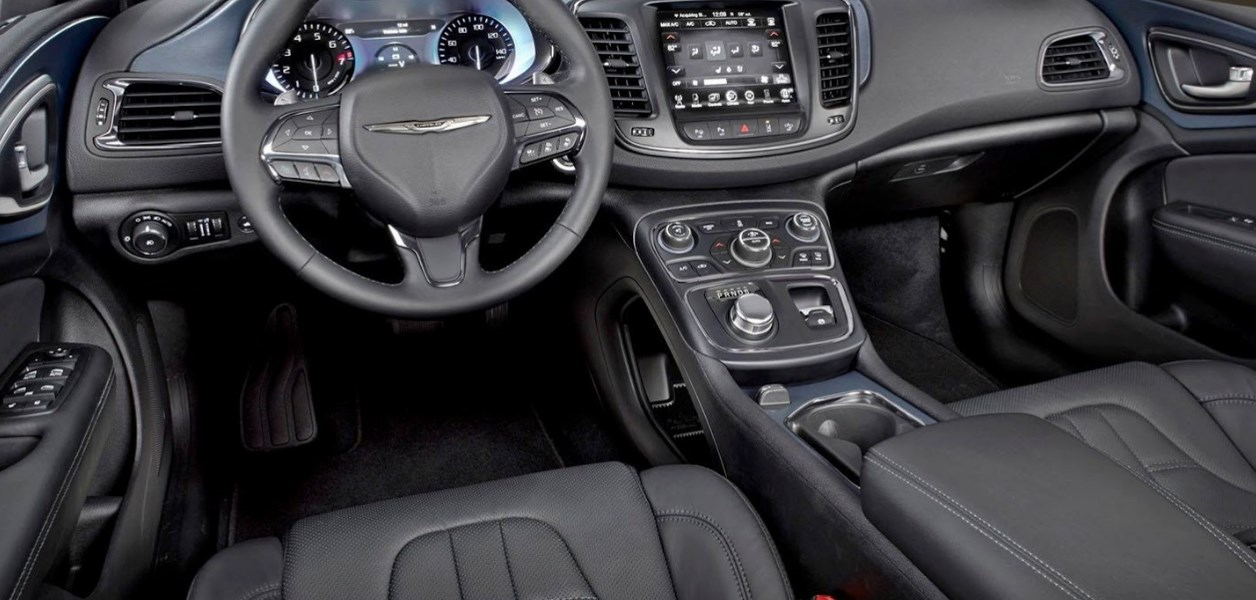 2020 Chrysler Convertible Interior