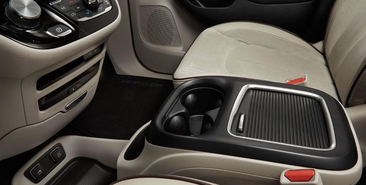 2020 Chrysler Models Interior