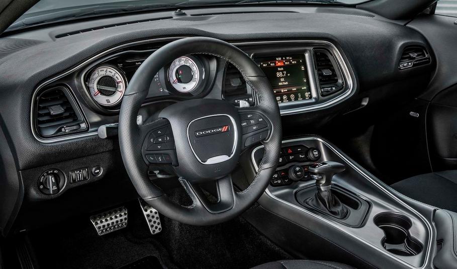 2020 Dodge SRT Barracuda Interior