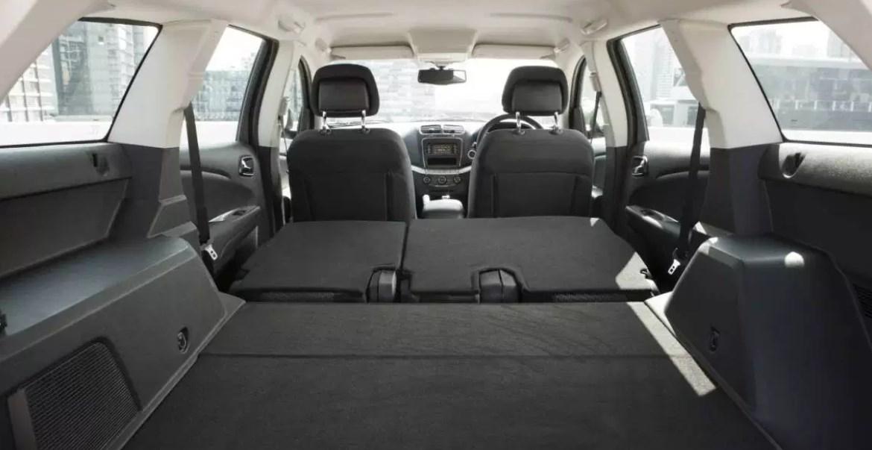 2020 Fiat SUV Interior