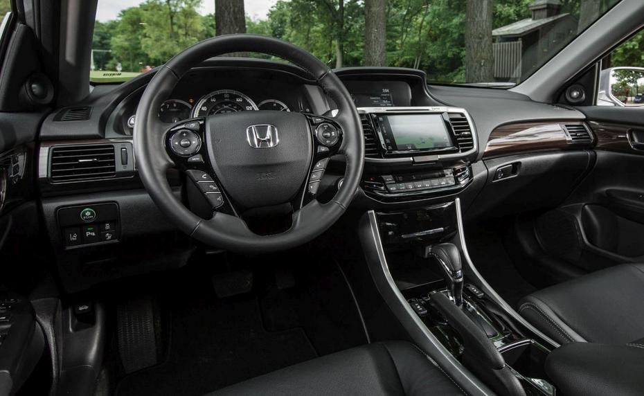 2020 Honda Accord Crosstour Interior
