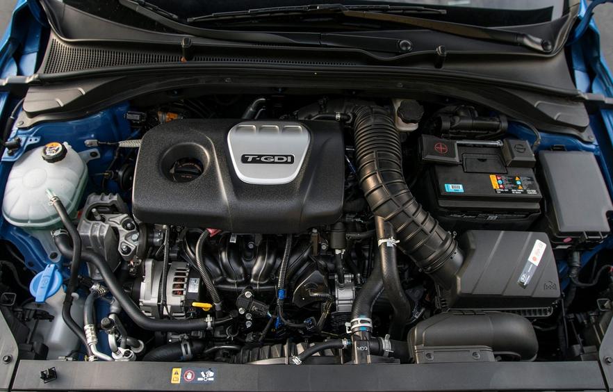 Hyundai i30 2019 Engine